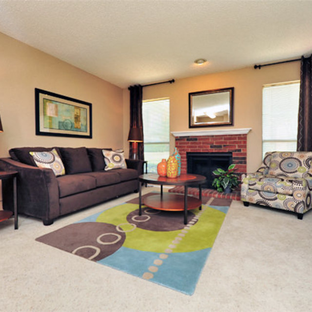 Greenbriar Apartments In Plano | Living Area