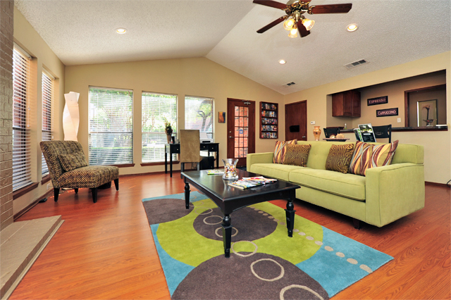 Greenbriar Apartments In Plano | Clubhouse 2