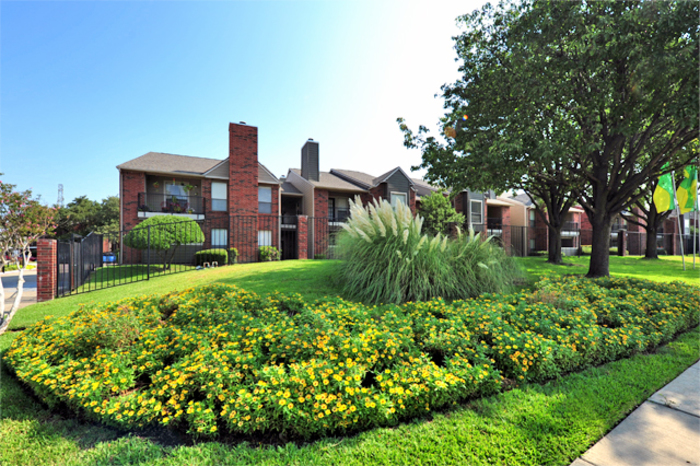We Have Lavish One And Two Bedroom Apartments In West Plano, TX In A  Variety Of Sizes And Styles. Apply Today And See What Youu0027ve Been Missing.